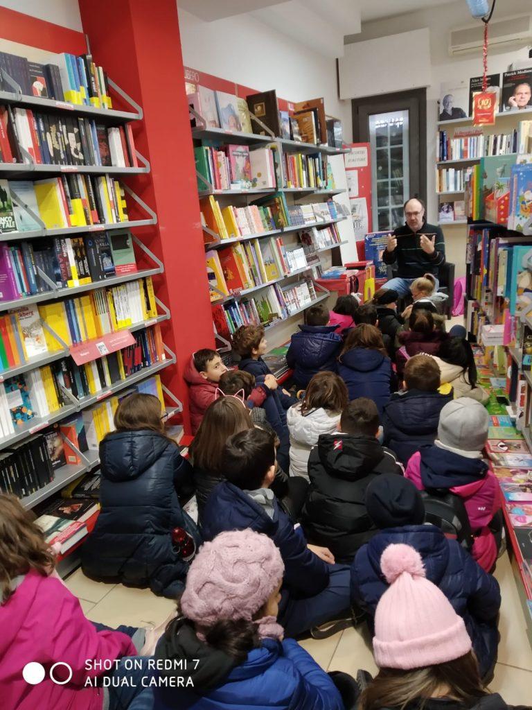 I bambini della Scuola Primaria in libreria